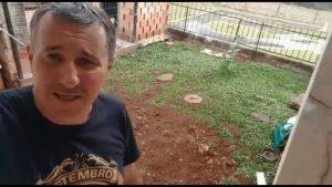 Homem explodiu o quintal de casa ao tentar matar baratas com veneno, gasolina e fogo